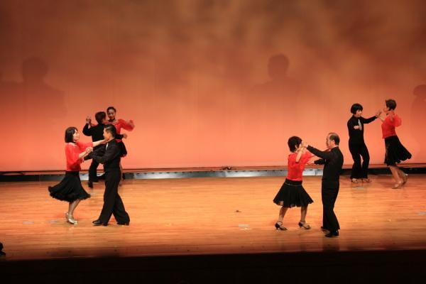 『社交ダンス』の画像