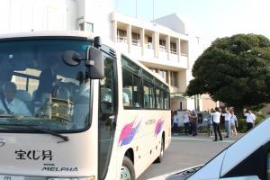 『バス』の画像