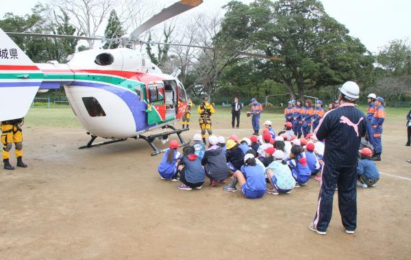 『上島西 防災訓練(3)』の画像