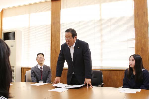 『鉾田二高生来庁(1)』の画像